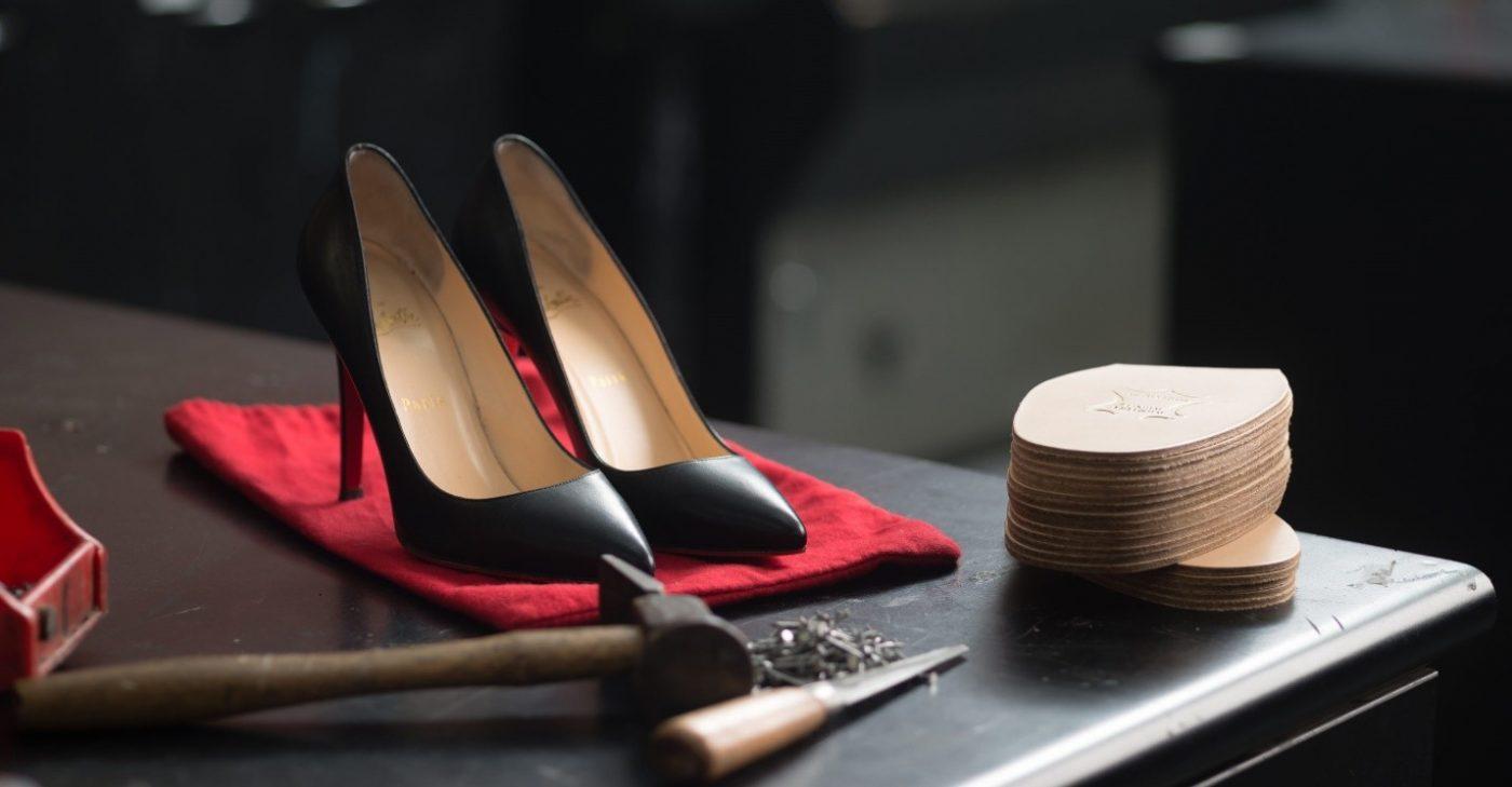 تعمیر انواع کفش در منزل
