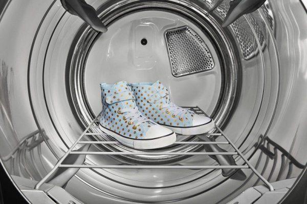 شستن کفش در لباسشویی