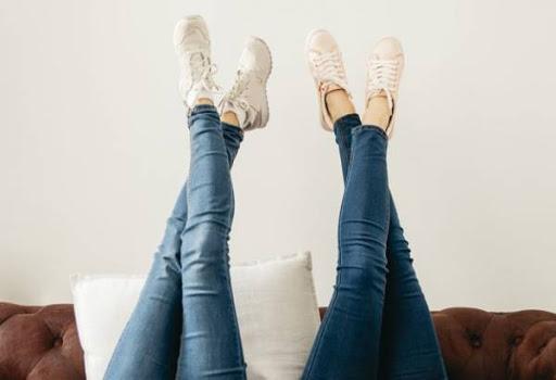 پوشیدن کفش با شلوار جین