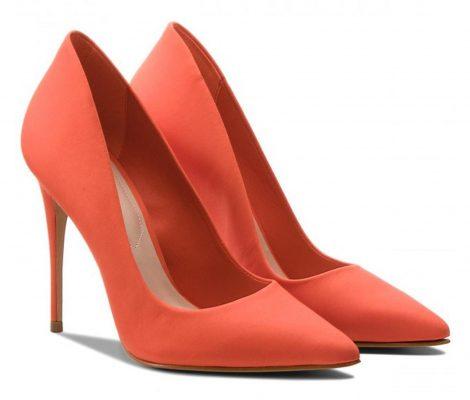 مضرات کفش پاشنه بلند برای سلامت انسان